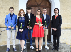 Konfirmation 2019<div class='url' style='display:none;'>/kg/trin/</div><div class='dom' style='display:none;'>kirchgemeinde.ch/</div><div class='aid' style='display:none;'>260</div><div class='bid' style='display:none;'>15687</div><div class='usr' style='display:none;'>234</div>